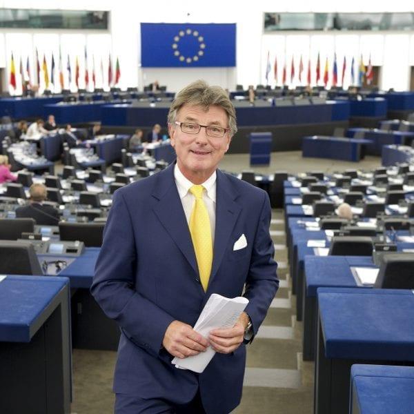 CETA tritt vorläufig in Kraft, FPÖ fordert Volksabstimmung!