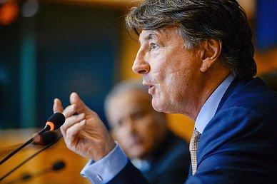 Das Europäische Parlament zeigt sich endlich einsichtig und untersagt unbezahlte Praktika
